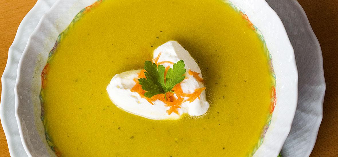 Murtaler Karottensuppe mit Orangen