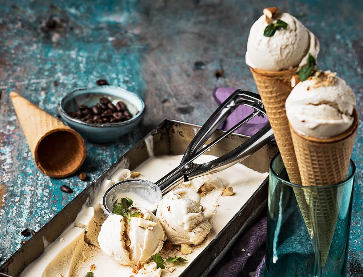 Mandel-Coldbrew-Frozen-Joghurt